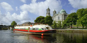 Hotel Barge SHANNON PRINCESS - Barging in Ireland - www.BargeCharters.com